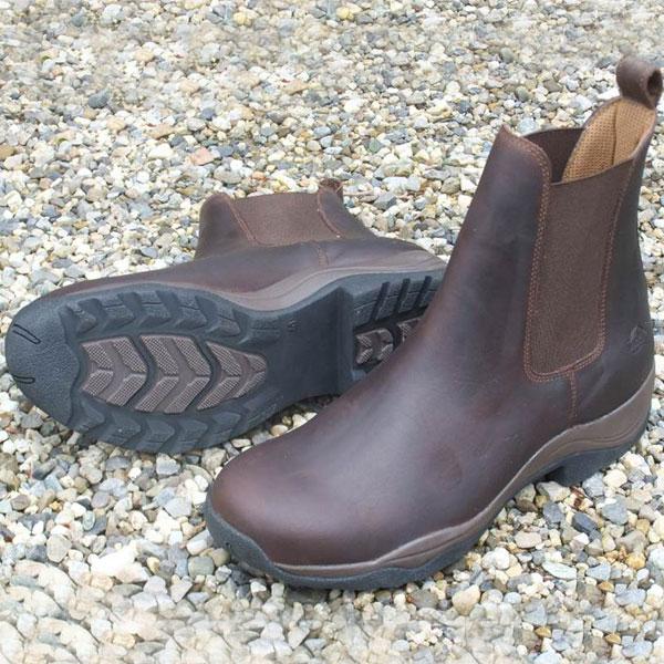 Cedar-Boots